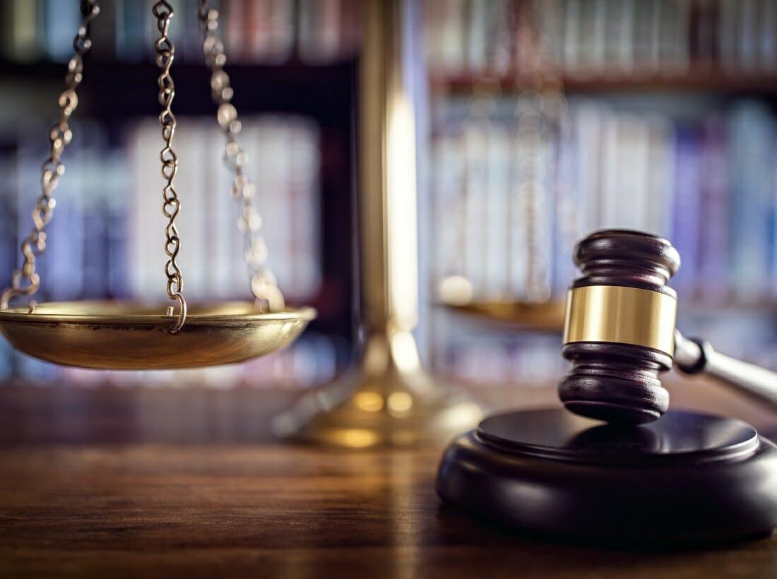Atrybuty sędziego prawnika